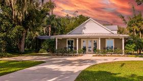 2945 Lakeshore Drive, Mount Dora, FL 32757