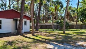 506 Kenwood Avenue, Nokomis, FL 34275