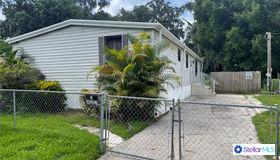 209 Mobile Place, Brandon, FL 33510