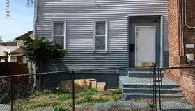 420-422 St Marks Place, Staten Island, NY 10301