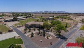 109 W Lone Star Lane, San Tan Valley, AZ 85140