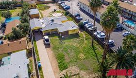 2421 W Glenrosa Avenue, Phoenix, AZ 85015