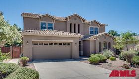 1369 E Canyon Creek Drive, Gilbert, AZ 85295