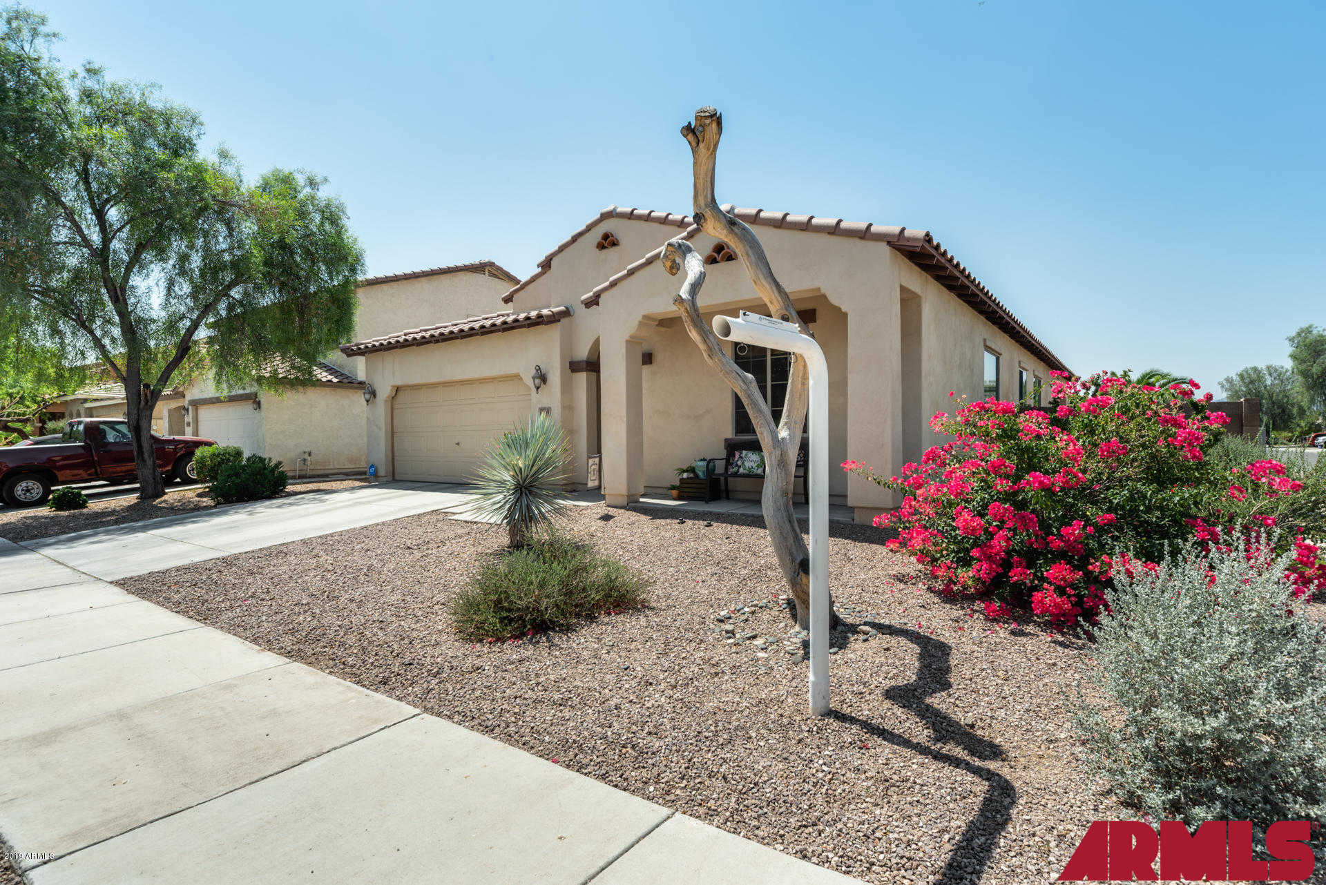 7931 W Payson Road, Phoenix, AZ 85043 is now new to the market!