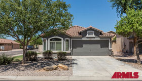284 W Corriente Court, San Tan Valley, AZ 85143