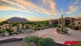 12084 E Whispering Wind Drive, Scottsdale, AZ 85255