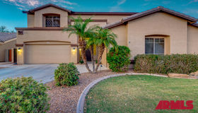 956 E Del Rio Street, Gilbert, AZ 85295