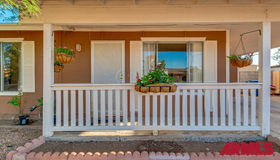 1725 W Loughlin Drive, Chandler, AZ 85224