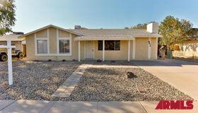 9832 N 44th Drive, Glendale, AZ 85302