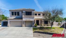 2715 S Banning Street, Gilbert, AZ 85295