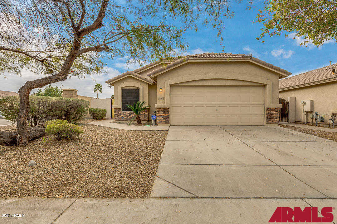 8711 E Nido Avenue, Mesa, AZ 85209 is now new to the market!