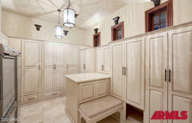 Real estate listing preview #123
