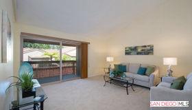 5523 Adobe Falls Rd, San Diego, CA 92120