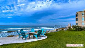 923 S Pacific St, Oceanside, CA 92054