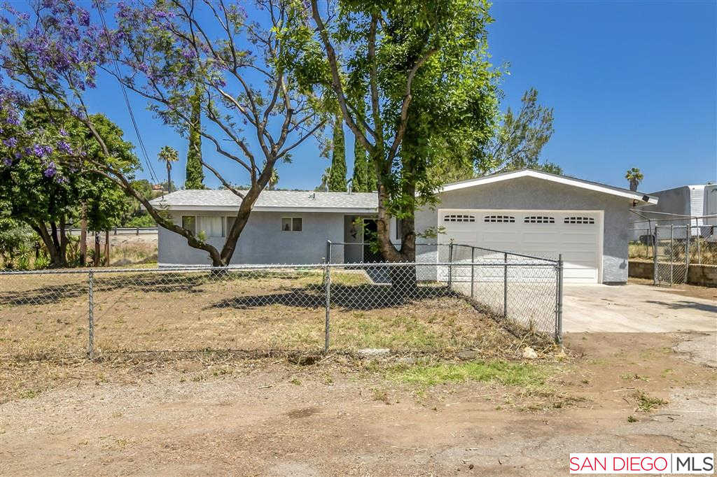 9494 1/2 Chimney Rock Ln, El Cajon, CA 92021 is now new to the market!