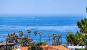1029 Barcelona Dr, San Diego, CA 92107