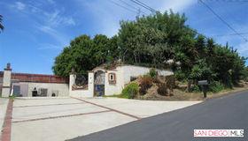 2525 El Sereno Way, Vista, CA 92083