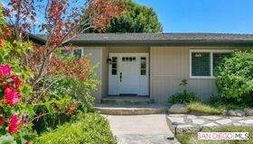 11533 Rolling Hills Dr, El Cajon, CA 92020