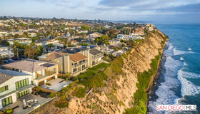 712 4th St, Encinitas, CA 92024