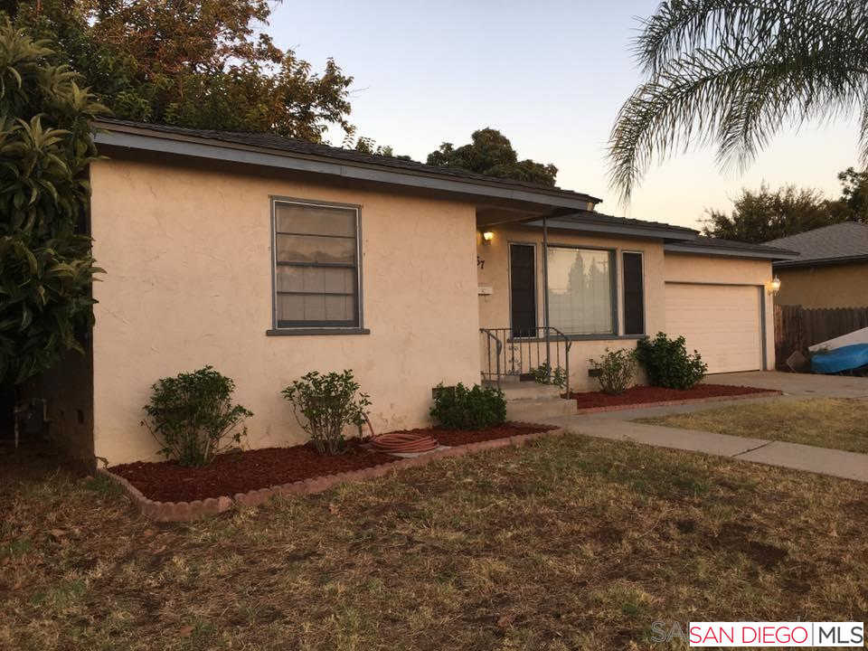 567 Roberta Ave, El Cajon, CA 92021 is now new to the market!