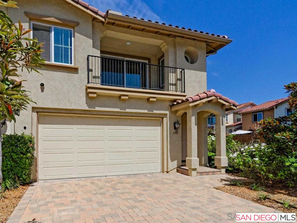 1381 Isabella Way, Vista, CA 92084 is now new to the market!