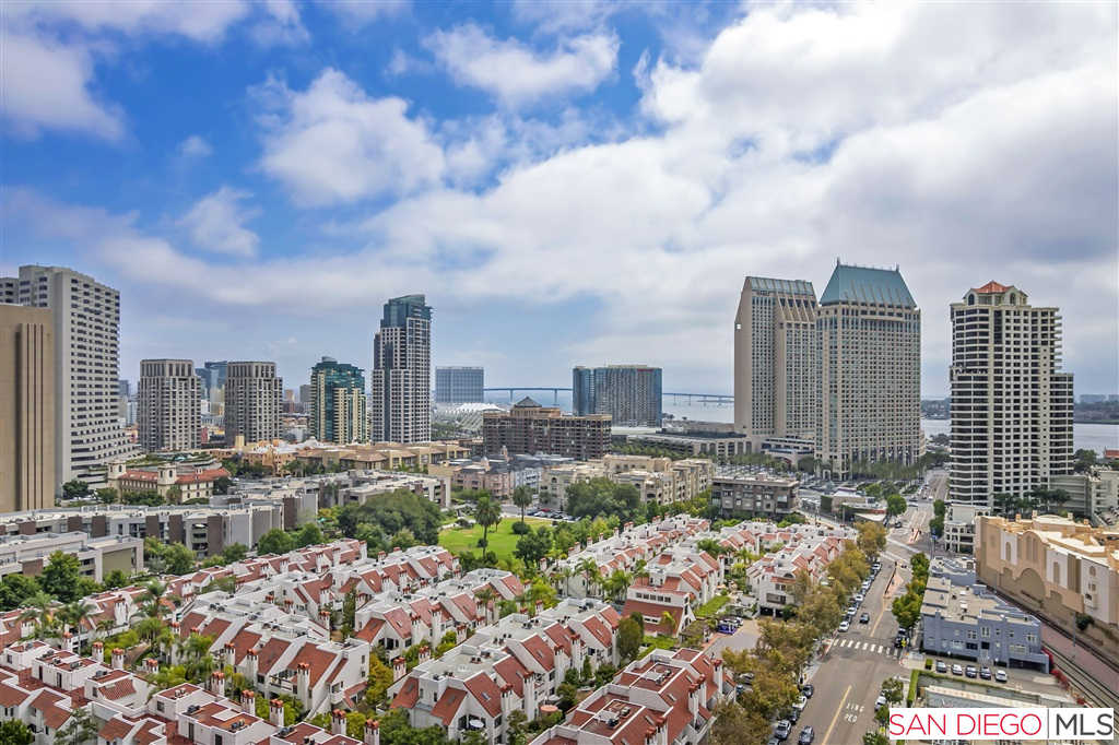 700 W E Street, San Diego, CA 92101 is now new to the market!