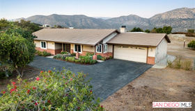 27421 Carlata Ln, Valley Center, CA 92082