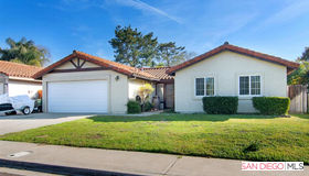 9445 Calle Del Lago, Santee, CA 92071