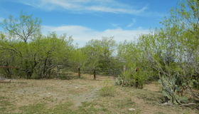 11280 LA Vernia Rd, Adkins, TX 78101-9772