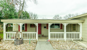 807 Main St, Schertz, TX 78154-2150