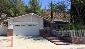 28968 Gladiolus Drive, Canyon Country, CA 91387