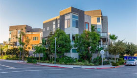 102 Rockefeller, Irvine, CA 92612