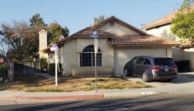 606 Spinnaker Drive, Perris, CA 92571