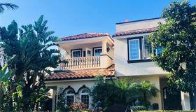 333 Poppy Ave, Corona Del Mar, CA 92625
