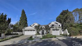 10 Burning Tree Road, Newport Beach, CA 92660