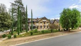 565 Walnut Avenue, Redlands, CA 92373