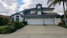 1223 Countrywood Ln, Vista, CA 92081