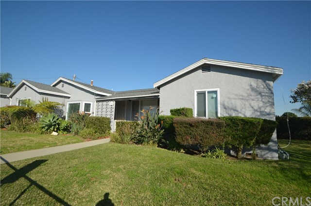 13918 Ocean Gate Avenue, Hawthorne, CA 90250 now has a new price of $839,000!