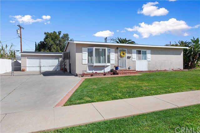 345 W Monterey Road, Corona, CA 92882 is now new to the market!