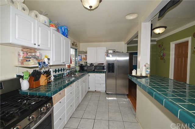 3417 W 111th Street, Inglewood, CA 90303 is now new to the market!
