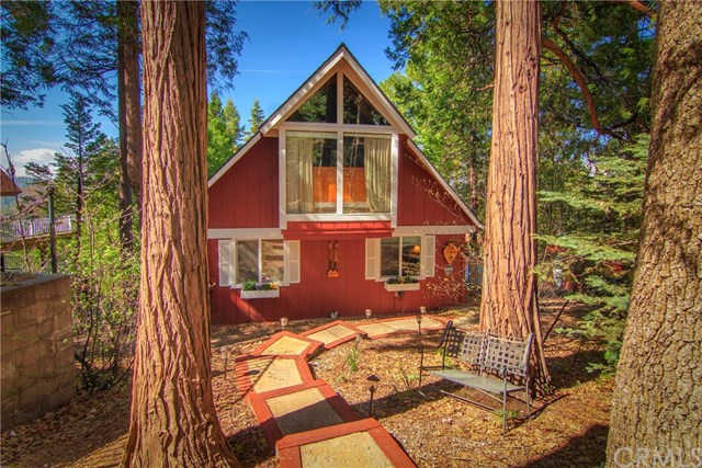 Another Property Sold - 349 Castle Gate, Lake Arrowhead, CA 92352