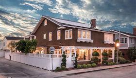 107 Abalone Avenue, Newport Beach, CA 92662