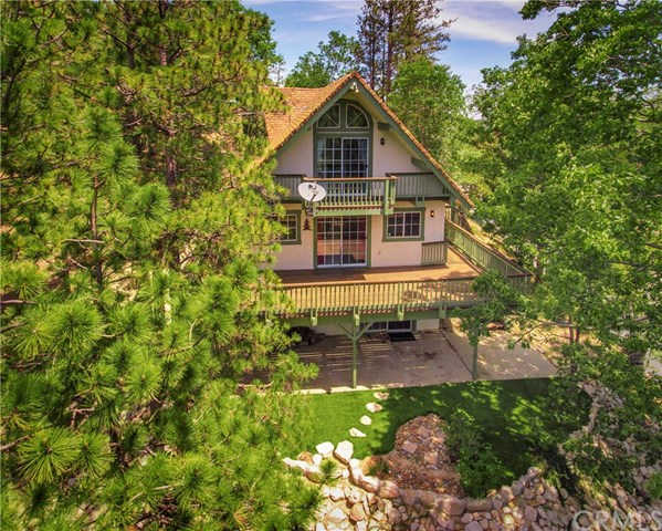 28227 Arbon Lane, Lake Arrowhead, CA 92352 now has a new price of $379,000!