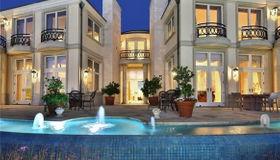 1724 Via Coronel, Palos Verdes Estates, CA 90274