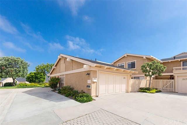215 Avenida Adobe, San Clemente, CA 92672 now has a new price of $599,900!