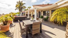 335 Hilmen Dr, Solana Beach, CA 92075