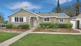 16632 Cantlay Street, Lake Balboa, CA 91406