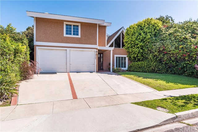 1725 Crestview Avenue, Seal Beach, CA 90740 is now new to the market!