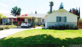 15718 Hiawatha Street, Granada Hills, CA 91344
