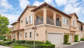 32 Carnation, Irvine, CA 92618